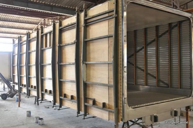 Proteção lateral em alumínio, para baús frigoríficos e isotérmicos e/ou semi reboques.